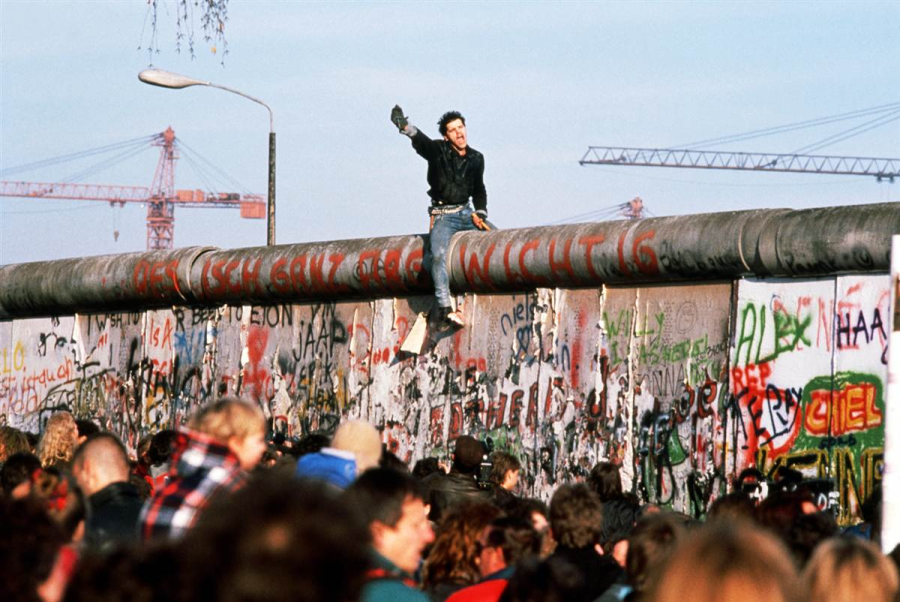 Berlin wall person